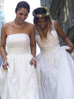 Stof til brude- og konfirmationskjoler
